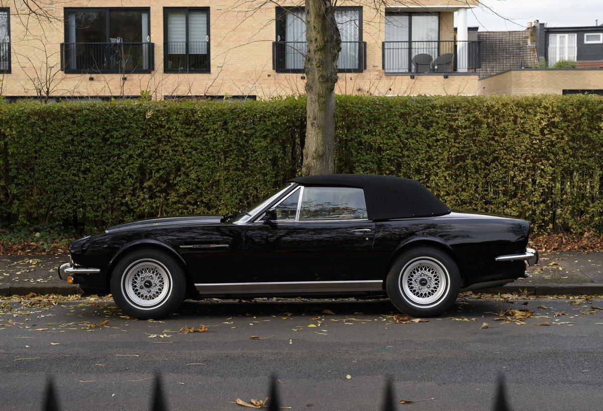 1986 Aston Martin V8 Volante (LHD) For Sale (picture 8 of 23)