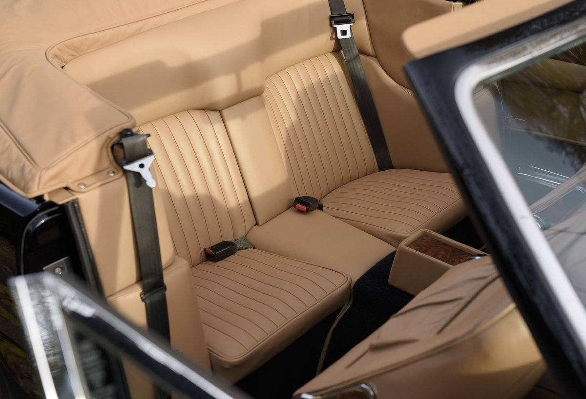 1986 Aston Martin V8 Volante For Sale In London (LHD) For Sale (picture 19 of 23)