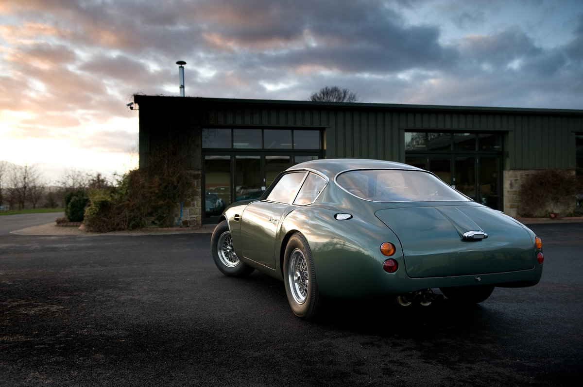 Bespoke 1961 Aston Martin DB4 GT Zagato Re-creation (picture 3 of 6)