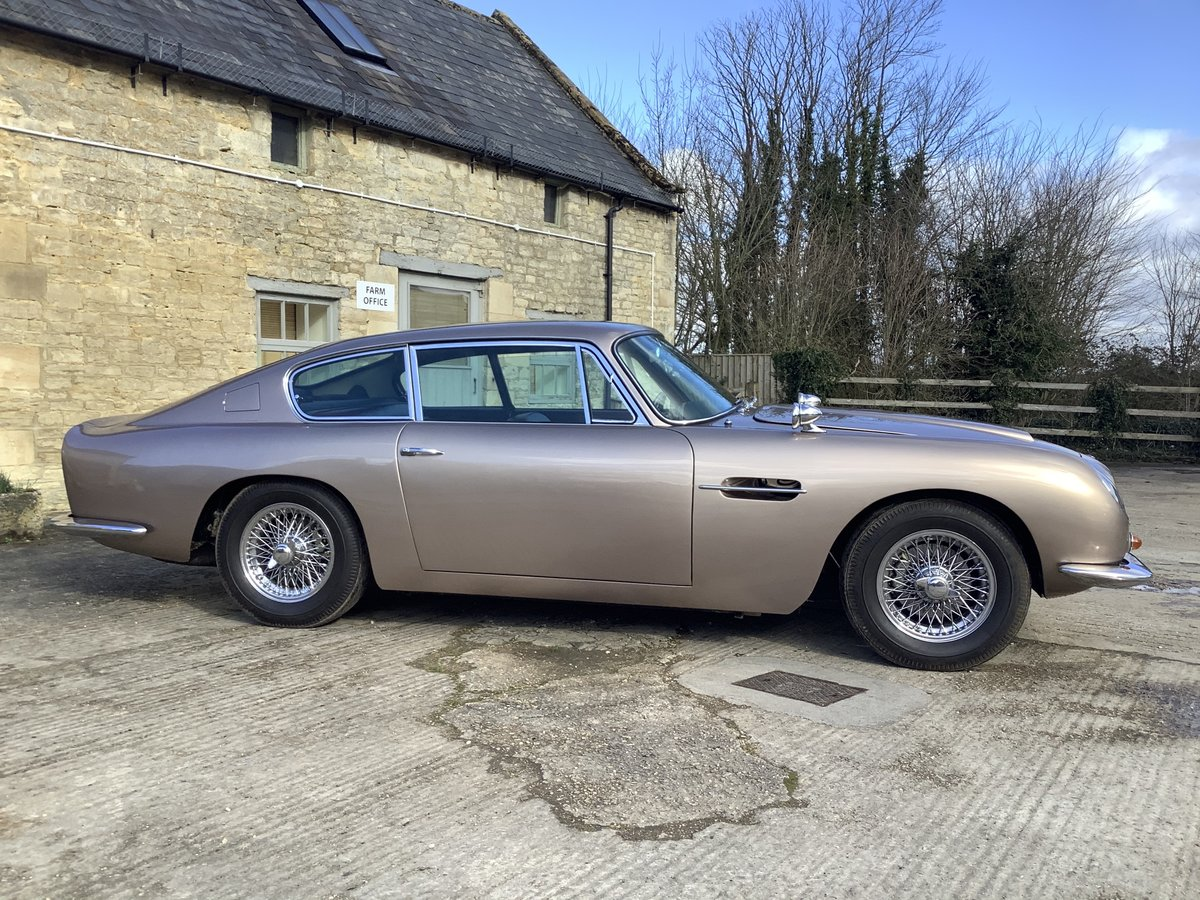 Aston Martin DB6 1968 Series 1 For Sale (picture 4 of 6)