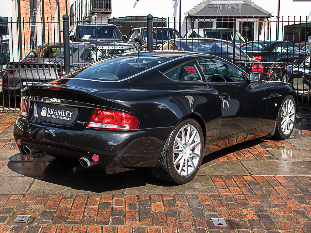2006 Aston Martin    Vanquish S For Sale (picture 7 of 12)