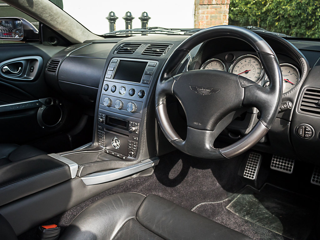 2006 Aston Martin    Vanquish S For Sale (picture 8 of 12)