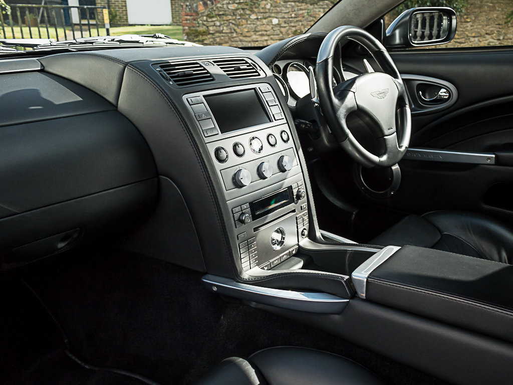 2006 Aston Martin    Vanquish S For Sale (picture 10 of 12)