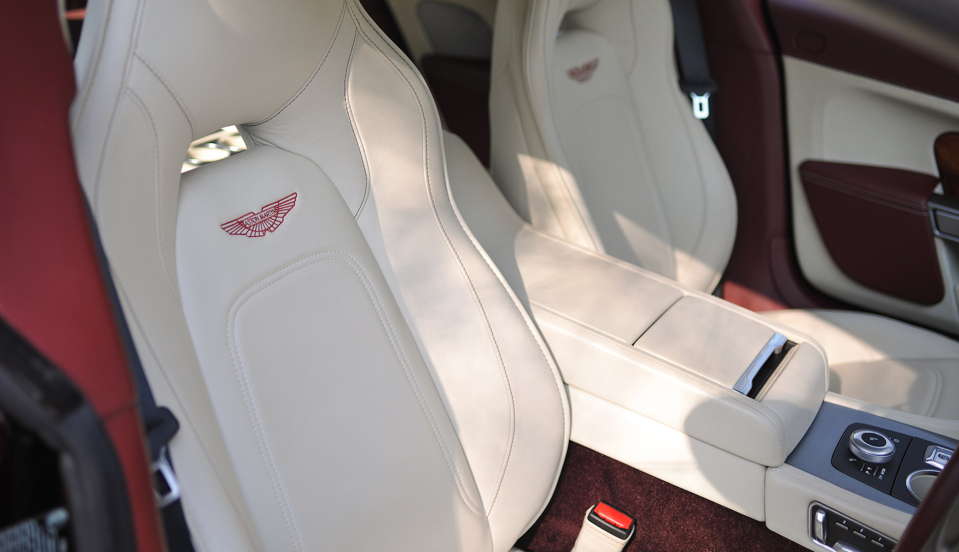 2016 Aston Martin Rapide S SOLD (picture 6 of 6)