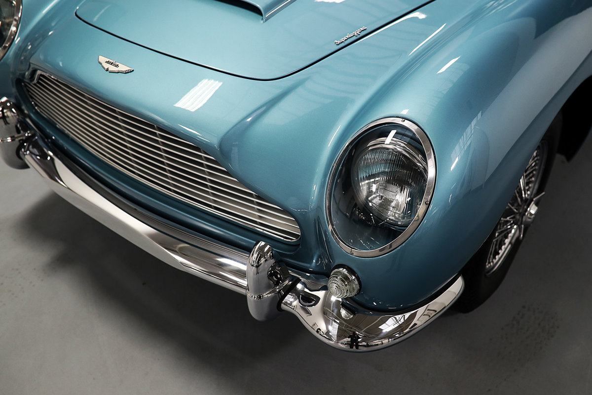 1964 Absolutely Unique Aston Martin DB5 For Sale (picture 5 of 6)
