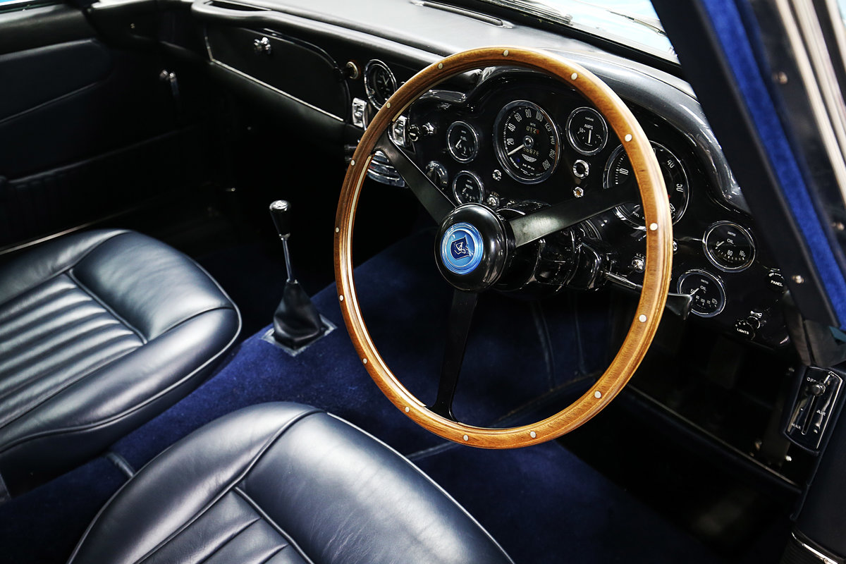 1964 Absolutely Unique Aston Martin DB5 For Sale (picture 6 of 6)