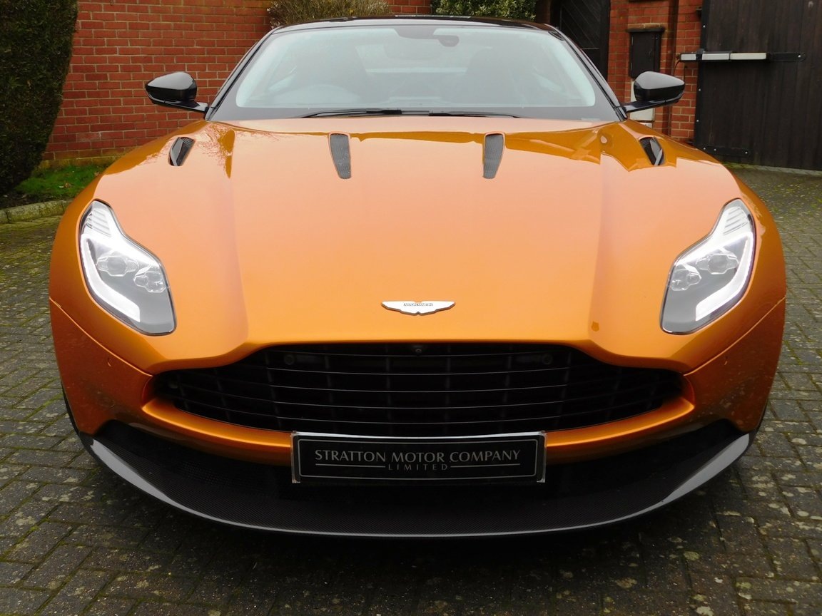 2016 Aston Martin DB11 5.2 Litre V12 Coupe For Sale (picture 2 of 20)