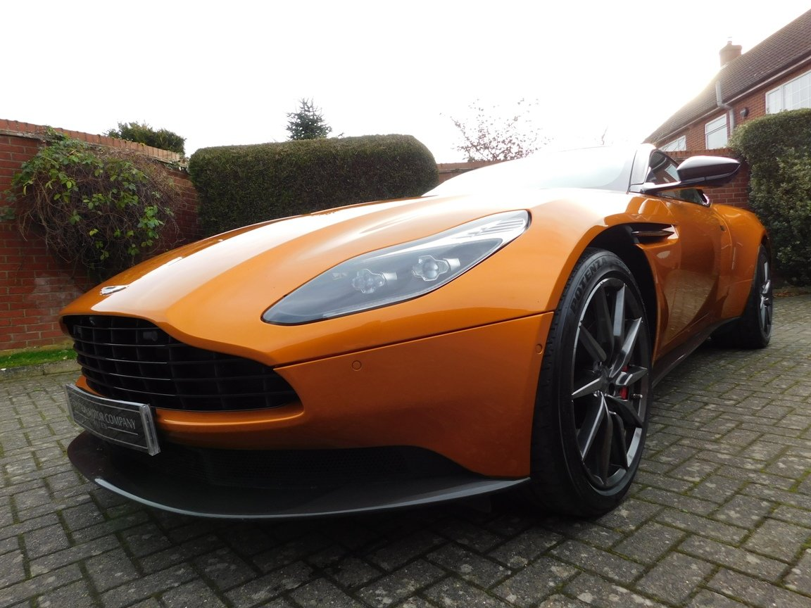 2016 Aston Martin DB11 5.2 Litre V12 Coupe For Sale (picture 3 of 20)