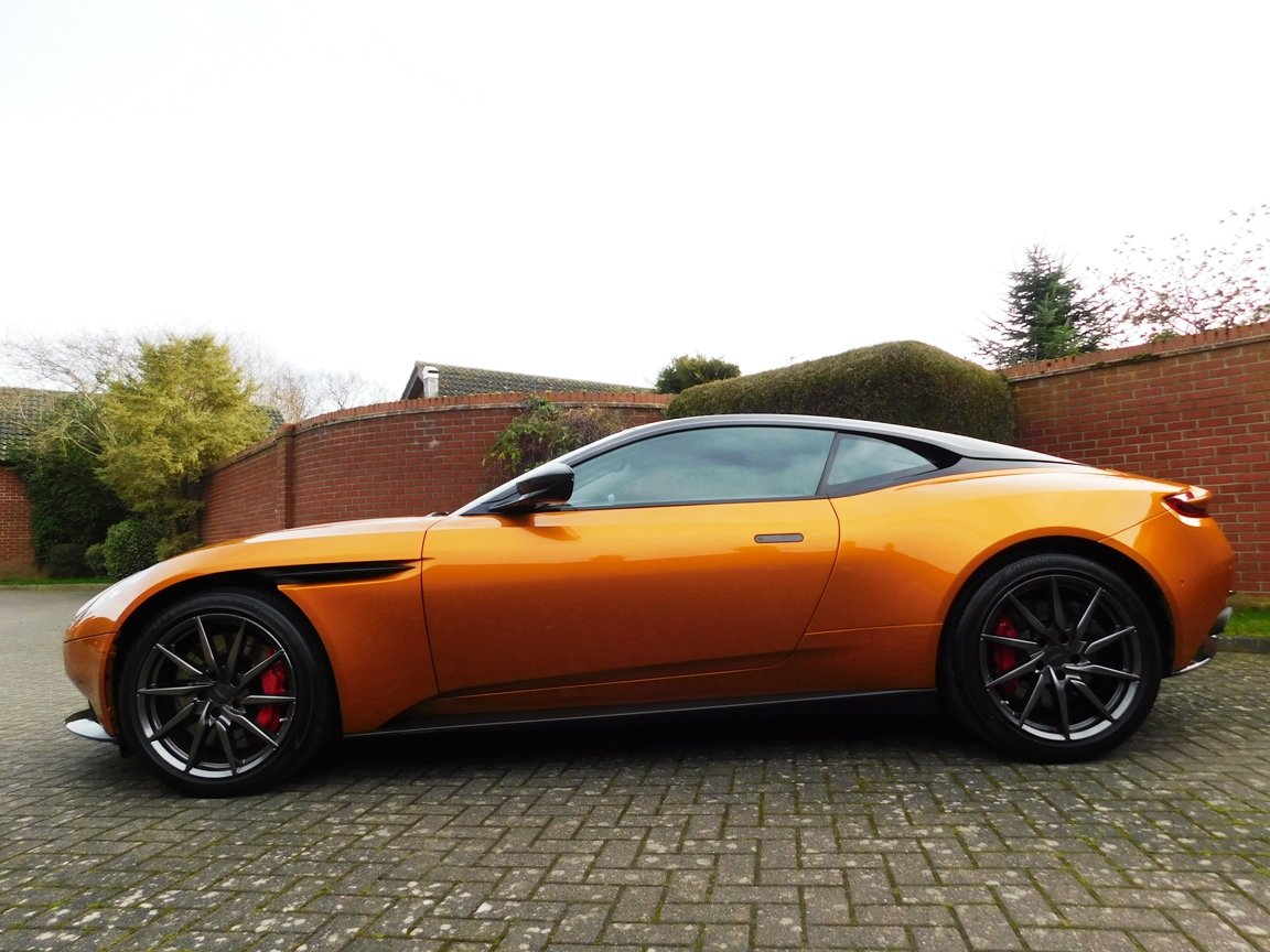 2016 Aston Martin DB11 5.2 Litre V12 Coupe For Sale (picture 4 of 20)