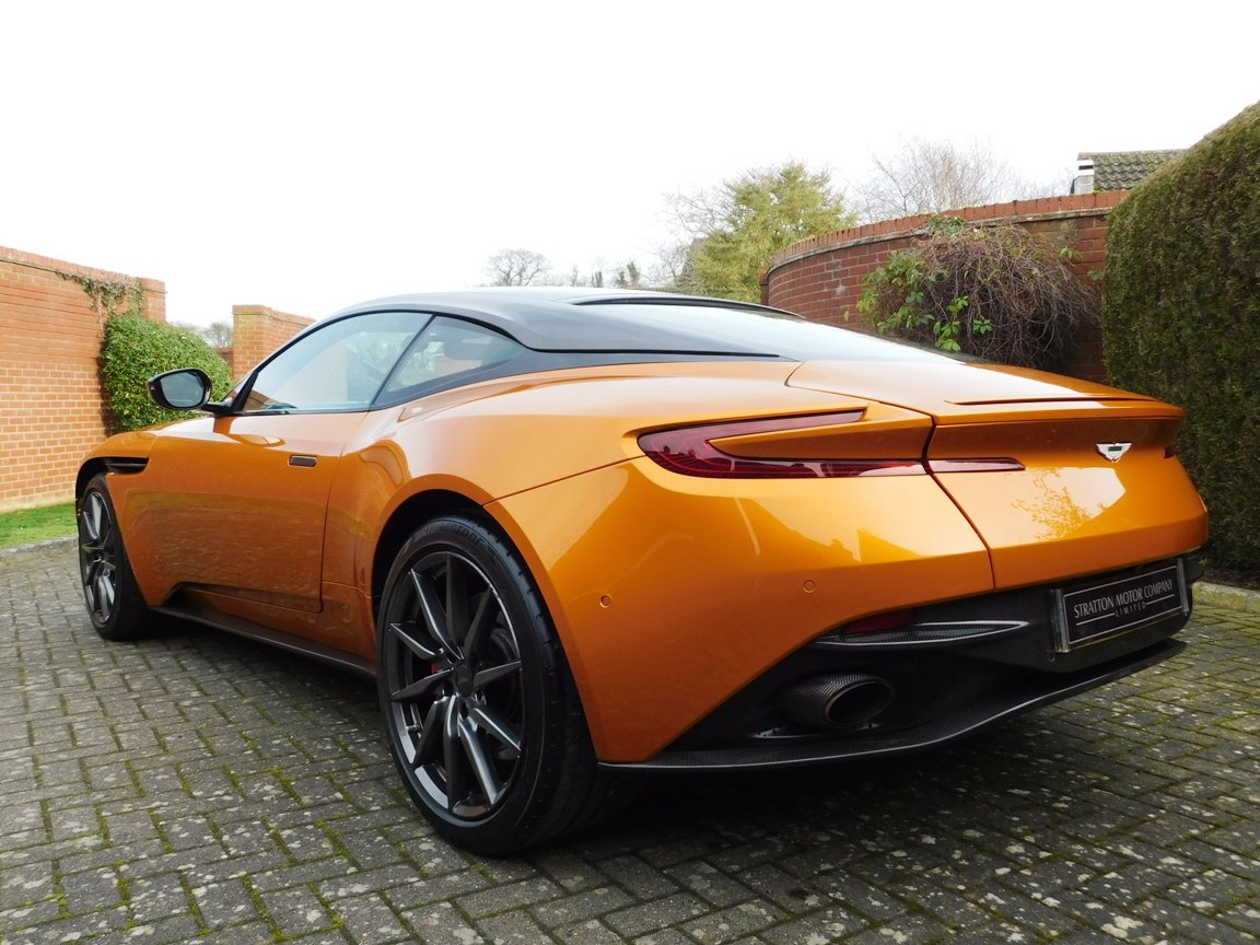 2016 Aston Martin DB11 5.2 Litre V12 Coupe For Sale (picture 6 of 20)