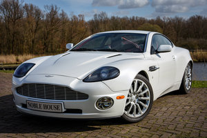 Picture of 2002 Aston Martin Vanquish  For Sale