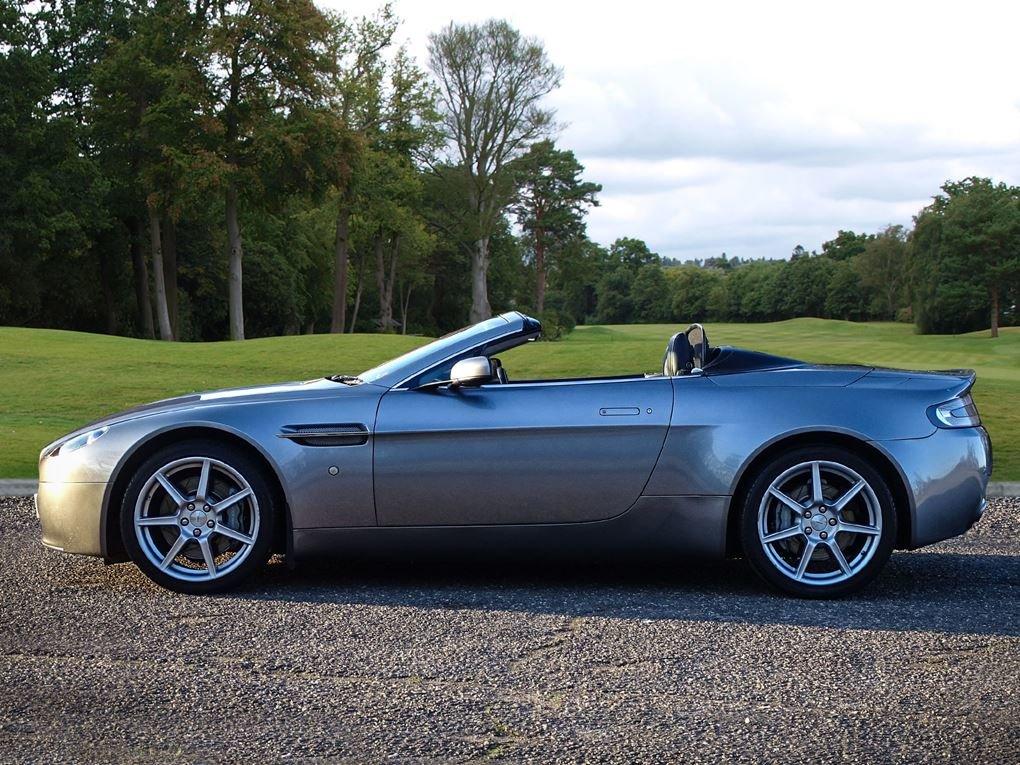 2008 Aston Martin  VANTAGE  V8 ROADSTER CAB SPORTSHIFT AUTO  31,9 For Sale (picture 2 of 19)