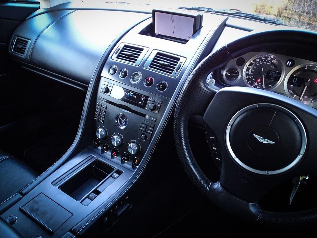 2008 Aston Martin  VANTAGE  V8 ROADSTER CAB SPORTSHIFT AUTO  31,9 For Sale (picture 6 of 19)