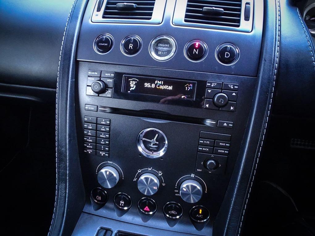 2008 Aston Martin  VANTAGE  V8 ROADSTER CAB SPORTSHIFT AUTO  31,9 For Sale (picture 13 of 19)