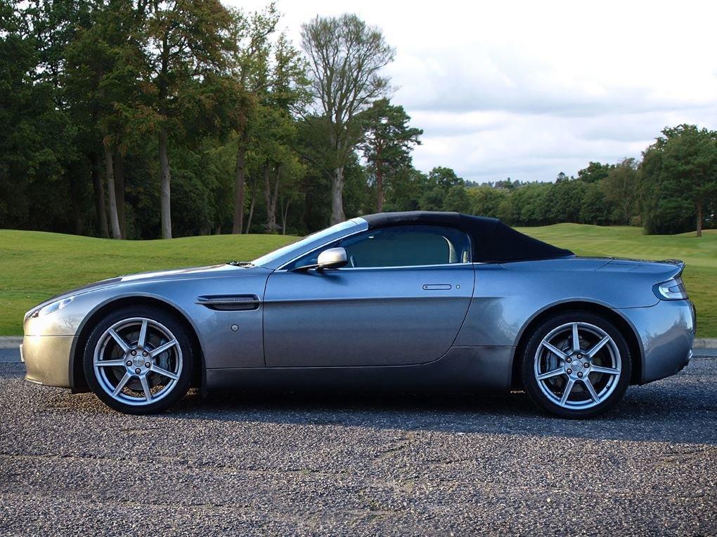 2008 Aston Martin  VANTAGE  V8 ROADSTER CAB SPORTSHIFT AUTO  31,9 For Sale (picture 17 of 19)