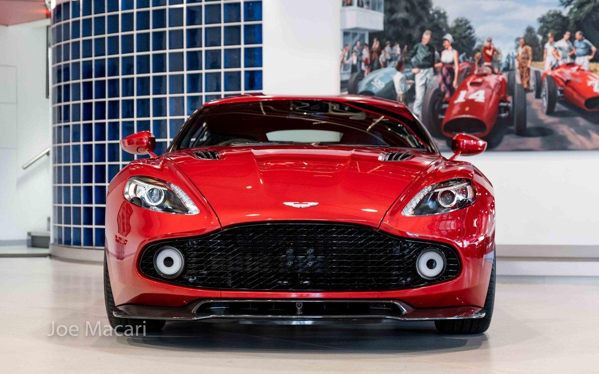 2017 Aston Martin Vanquish Zagato Coupe For Sale (picture 2 of 16)
