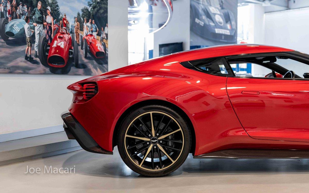 2017 Aston Martin Vanquish Zagato Coupe For Sale (picture 4 of 16)