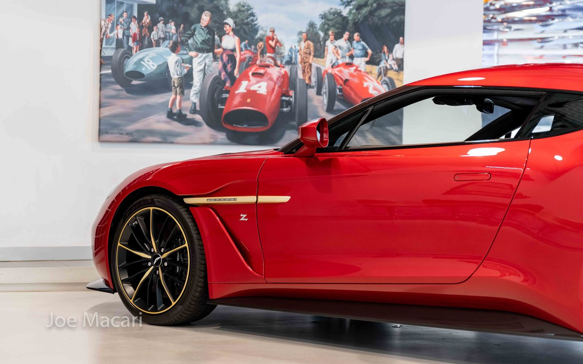 2017 Aston Martin Vanquish Zagato Coupe For Sale (picture 8 of 16)