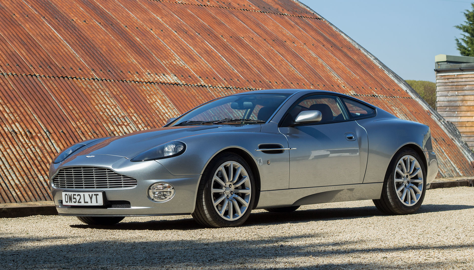 2003 Aston Martin V12 Vanquish - 22,000 miles For Sale (picture 1 of 6)
