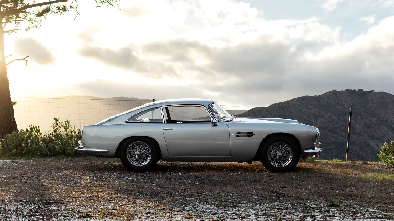 1960 Aston Martin DB4 Series 2 Left Hand Drive For Sale (picture 2 of 6)
