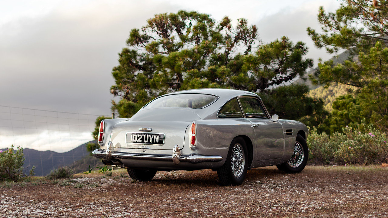 1960 Aston Martin DB4 Series 2 Left Hand Drive For Sale (picture 3 of 6)