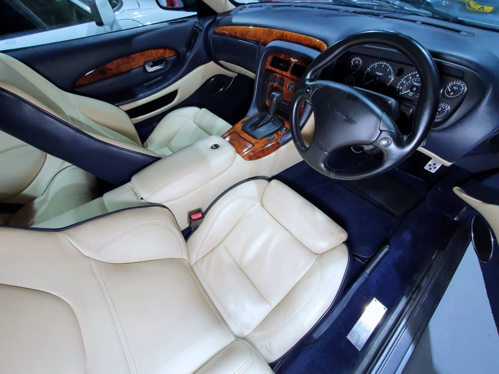 2001 Aston Martin DB7 Vantage Coupe - Immaculate For Sale (picture 5 of 6)