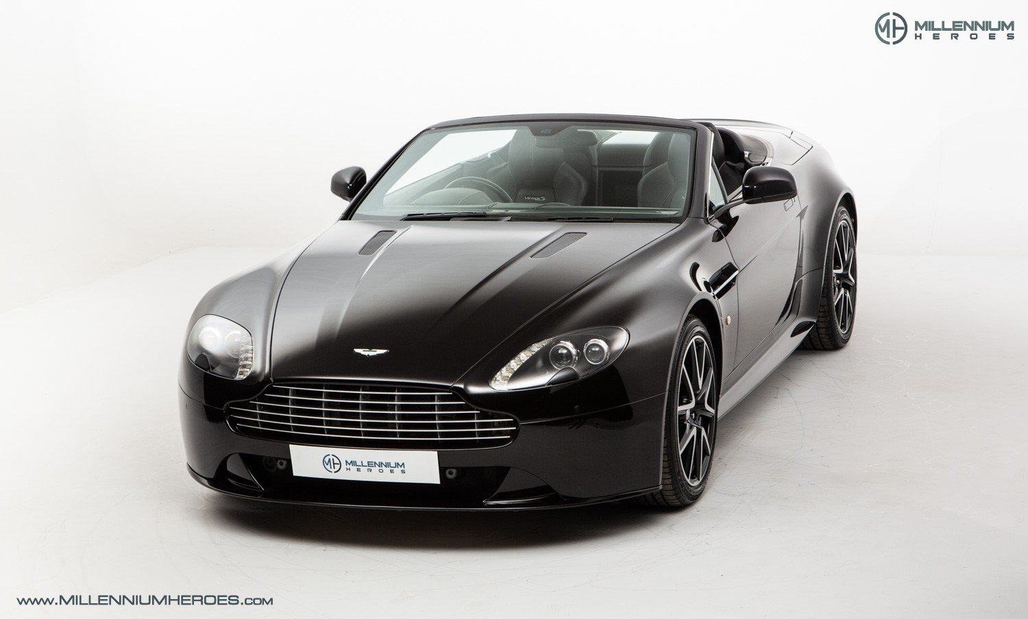 2013 ASTON MARTIN V8 VANTAGE S // AM WARRANTY // FULL AM HISTORY  For Sale (picture 2 of 23)