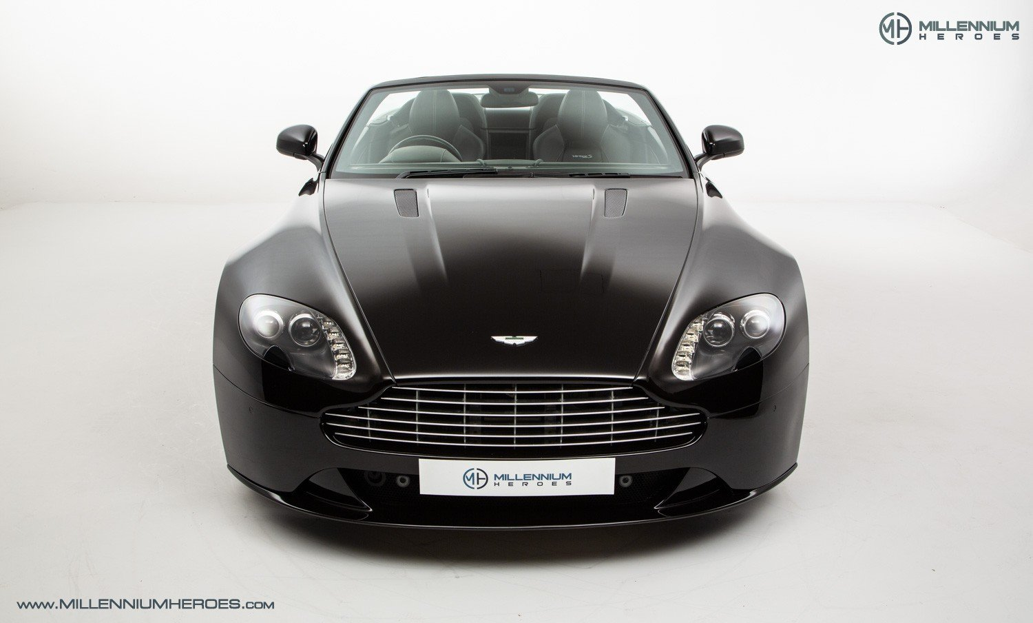 2013 ASTON MARTIN V8 VANTAGE S // AM WARRANTY // FULL AM HISTORY  For Sale (picture 3 of 23)