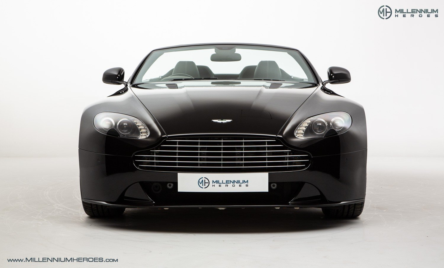 2013 ASTON MARTIN V8 VANTAGE S // AM WARRANTY // FULL AM HISTORY  For Sale (picture 4 of 23)