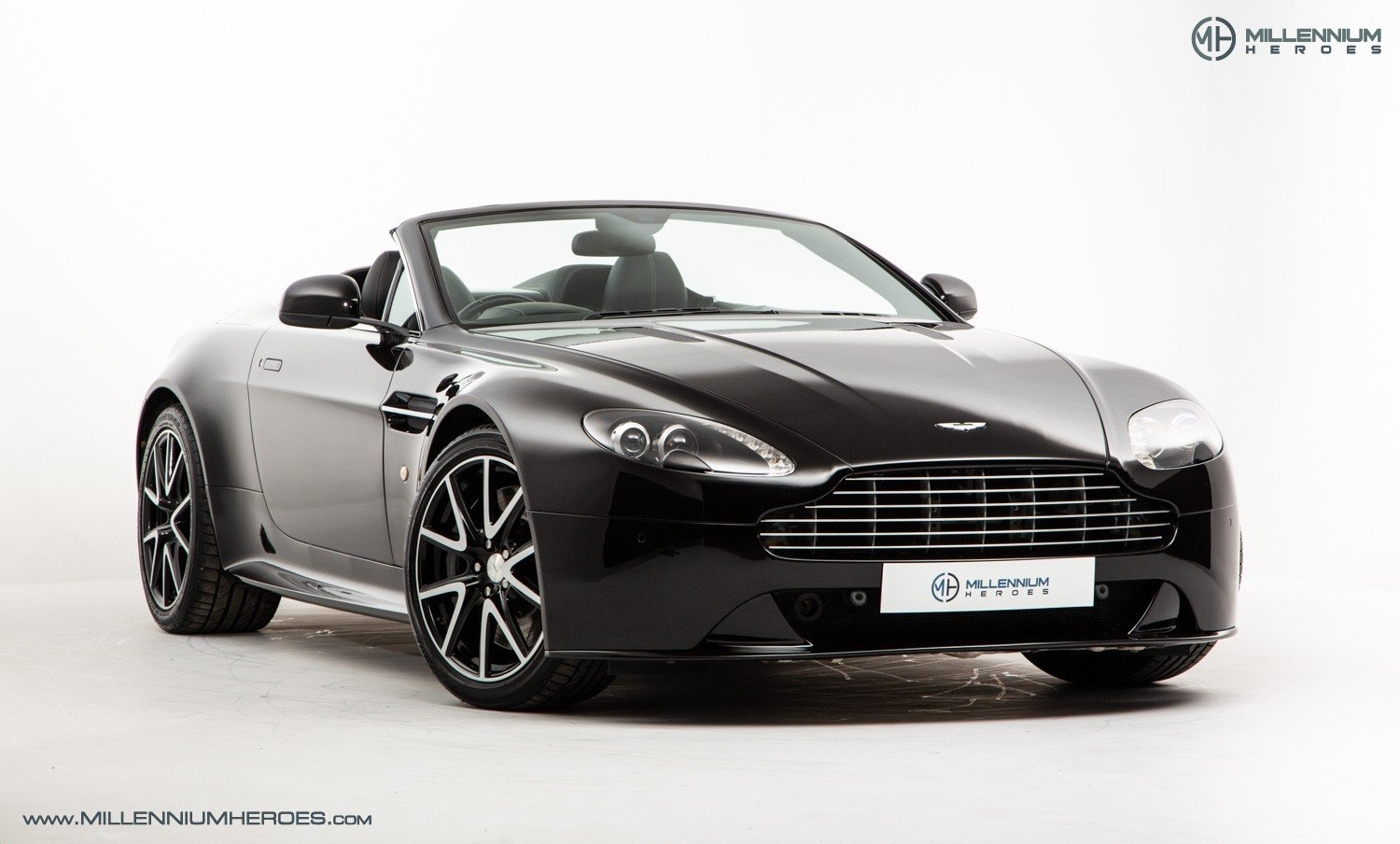 2013 ASTON MARTIN V8 VANTAGE S // AM WARRANTY // FULL AM HISTORY  For Sale (picture 6 of 23)