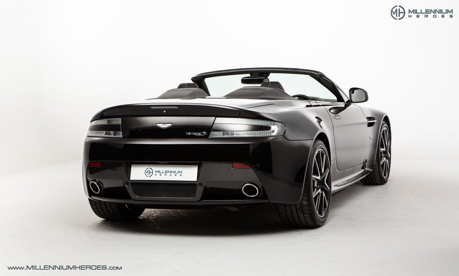 2013 ASTON MARTIN V8 VANTAGE S // AM WARRANTY // FULL AM HISTORY  For Sale (picture 10 of 23)