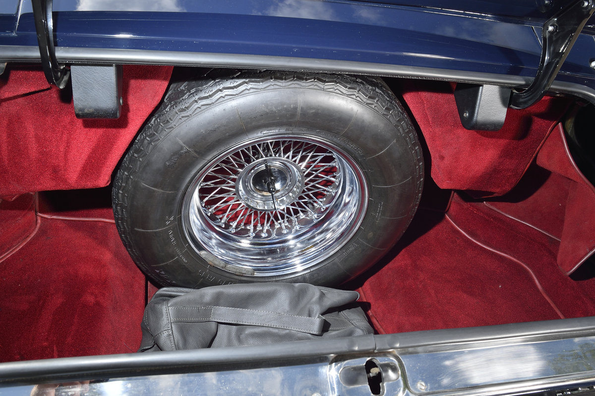 1969 Aston Martin DBS Vantage  ZF5 Speed Fully Restored! For Sale (picture 6 of 10)