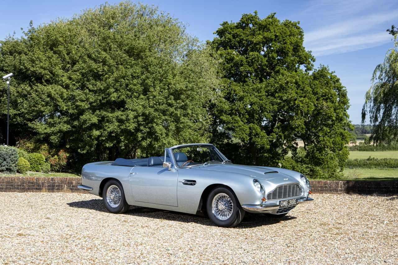 1967 Aston Martin DB6 Volante For Sale (picture 1 of 6)