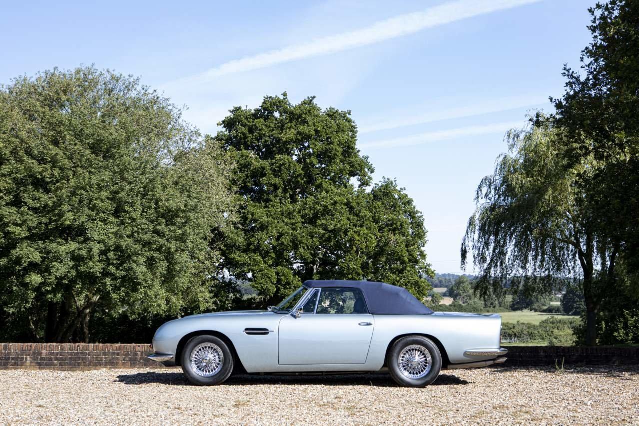 1967 Aston Martin DB6 Volante For Sale (picture 2 of 6)