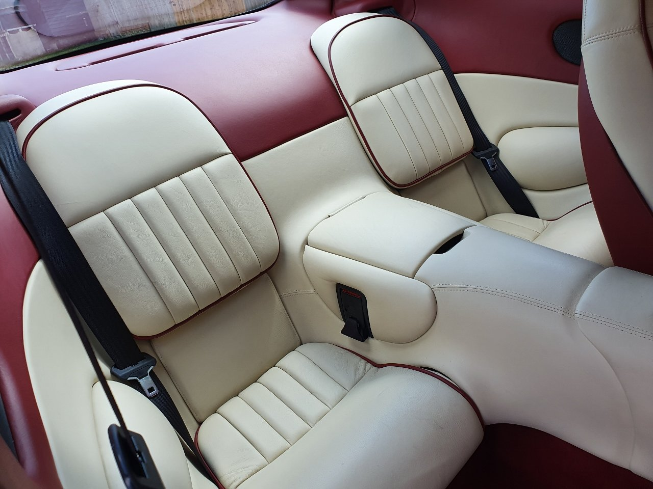 1998 ONLY 25,000 Miles - Pristine DB7 Auto - 3.2 Supercharged SOLD (picture 9 of 10)