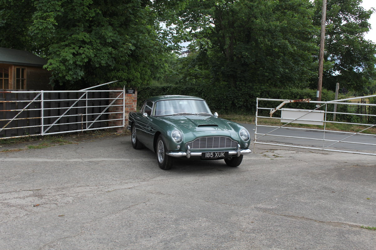 1962 Aston Martin DB4 Series V Vantage - Matching Numbers For Sale (picture 1 of 23)