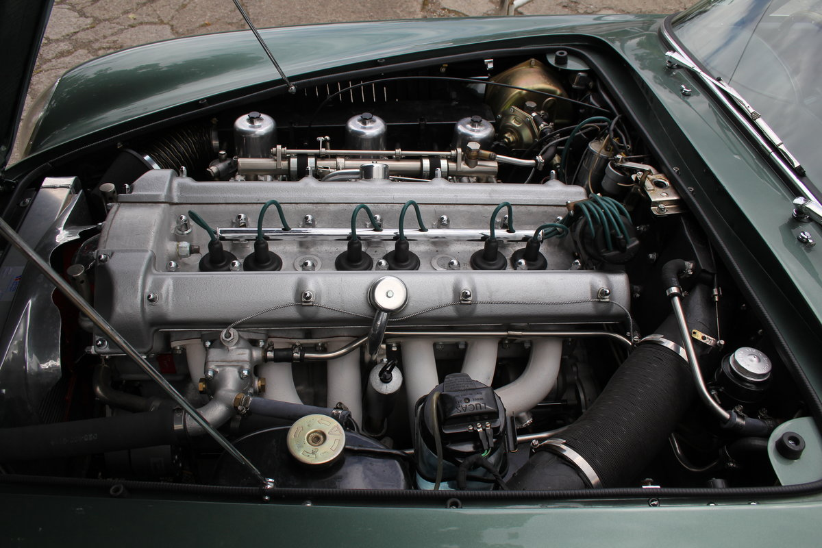 1962 Aston Martin DB4 Series V Vantage - Matching Numbers For Sale (picture 21 of 23)