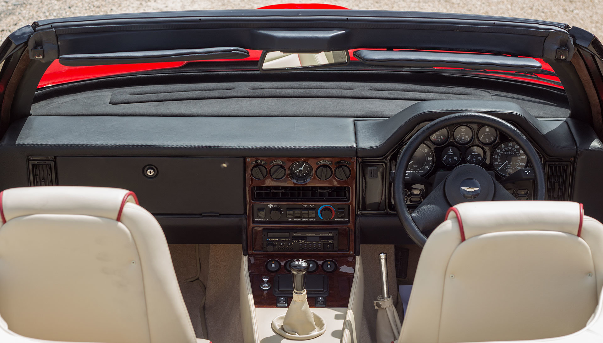 1989 Aston Martin V8 Vantage Volante Zagato 6.3 Litre For Sale (picture 15 of 24)