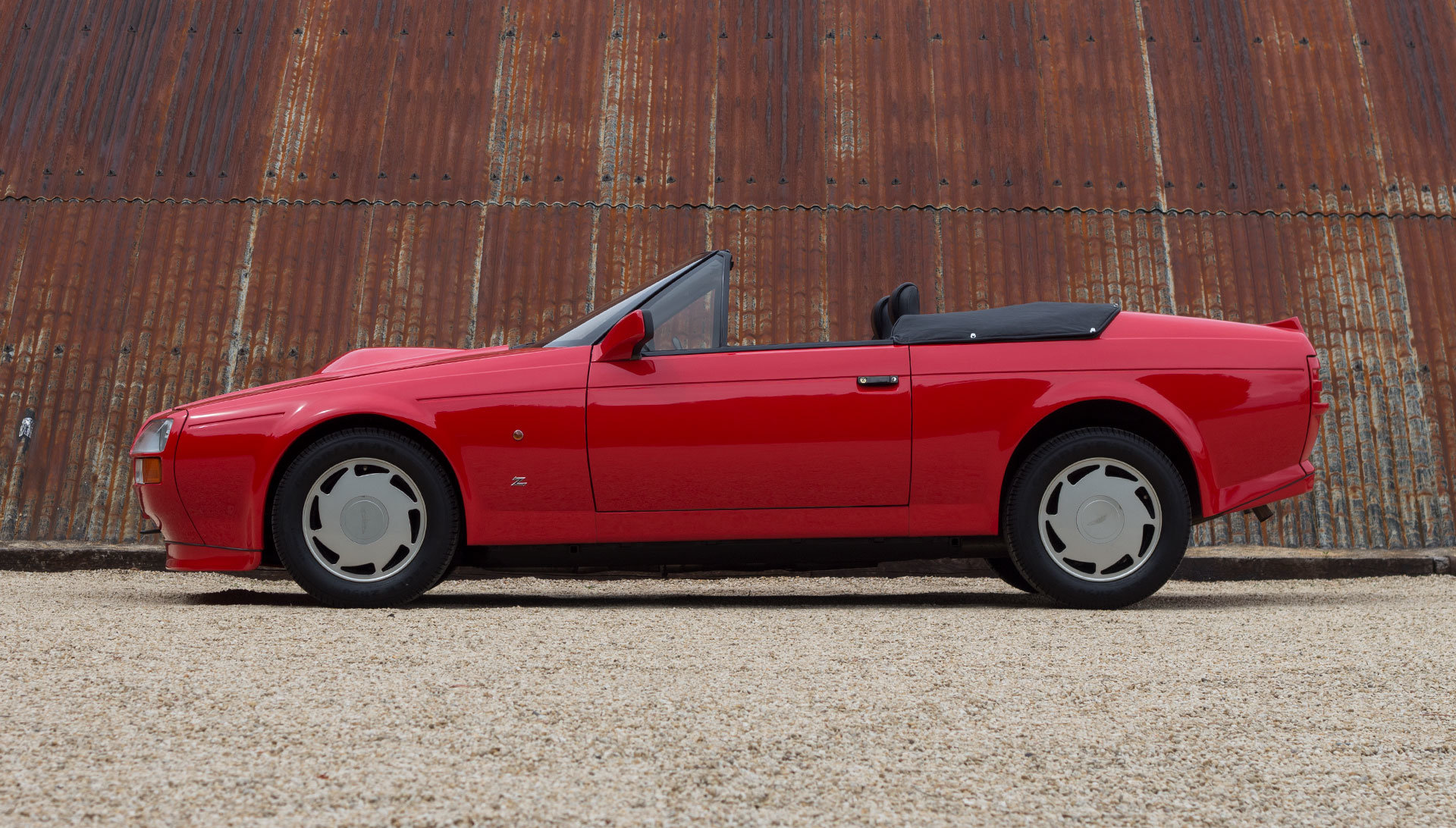 1989 Aston Martin V8 Vantage Volante Zagato - Unregistered For Sale (picture 2 of 24)