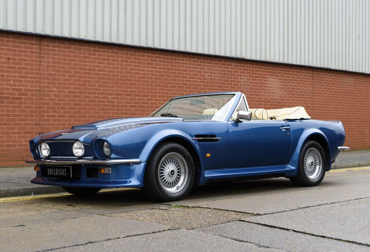 Aston Martin V8 Vantage Volante X-Pack Specification (RHD) For Sale (picture 1 of 24)