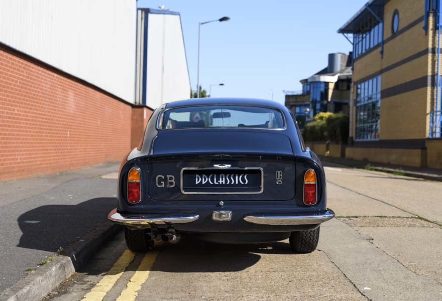 1967 Aston Martin DB6 Series I (RHD) For Sale (picture 8 of 24)
