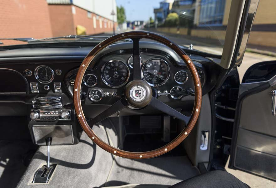 1967 Aston Martin DB6 Series I (RHD) For Sale (picture 18 of 24)