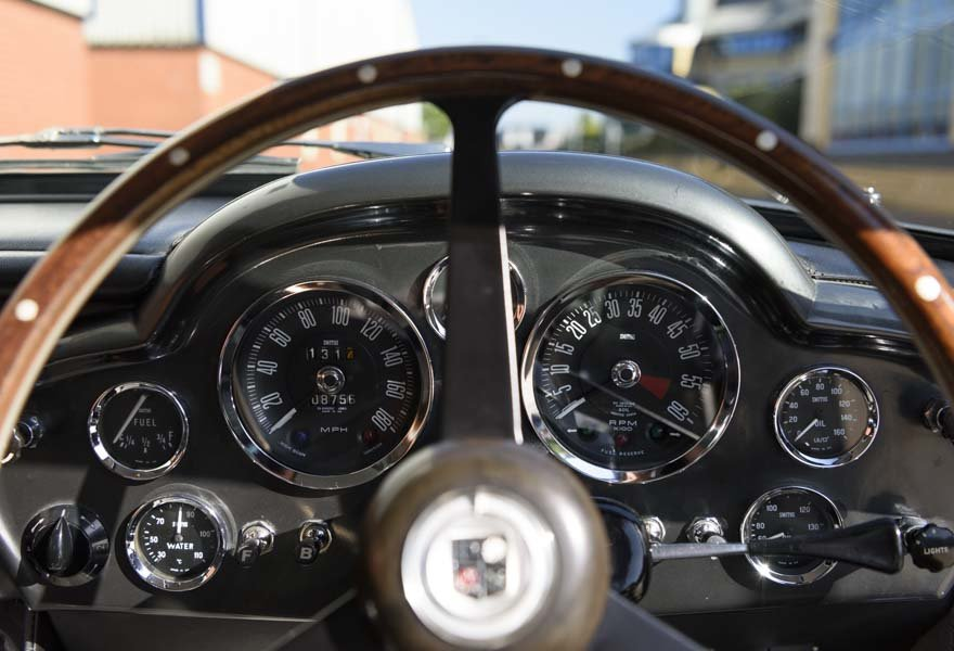 1967 Aston Martin DB6 Series I (RHD) For Sale (picture 19 of 24)