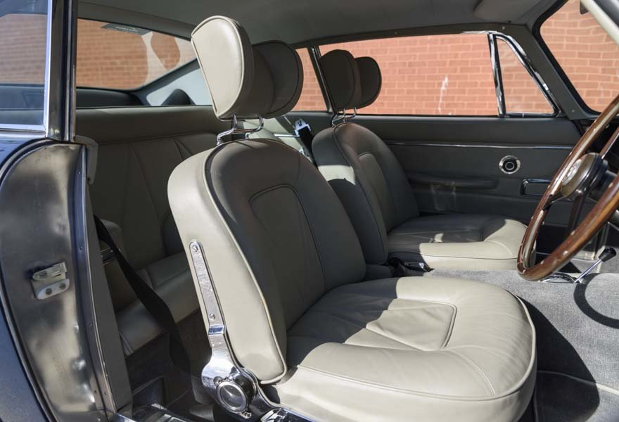 1967 Aston Martin DB6 Series I (RHD) For Sale (picture 20 of 24)