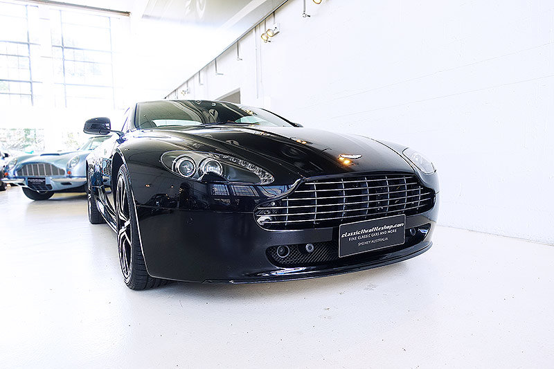 2012 Special Edition V8 Vantage N420, manual, 14,400 kms, books For Sale (picture 1 of 6)