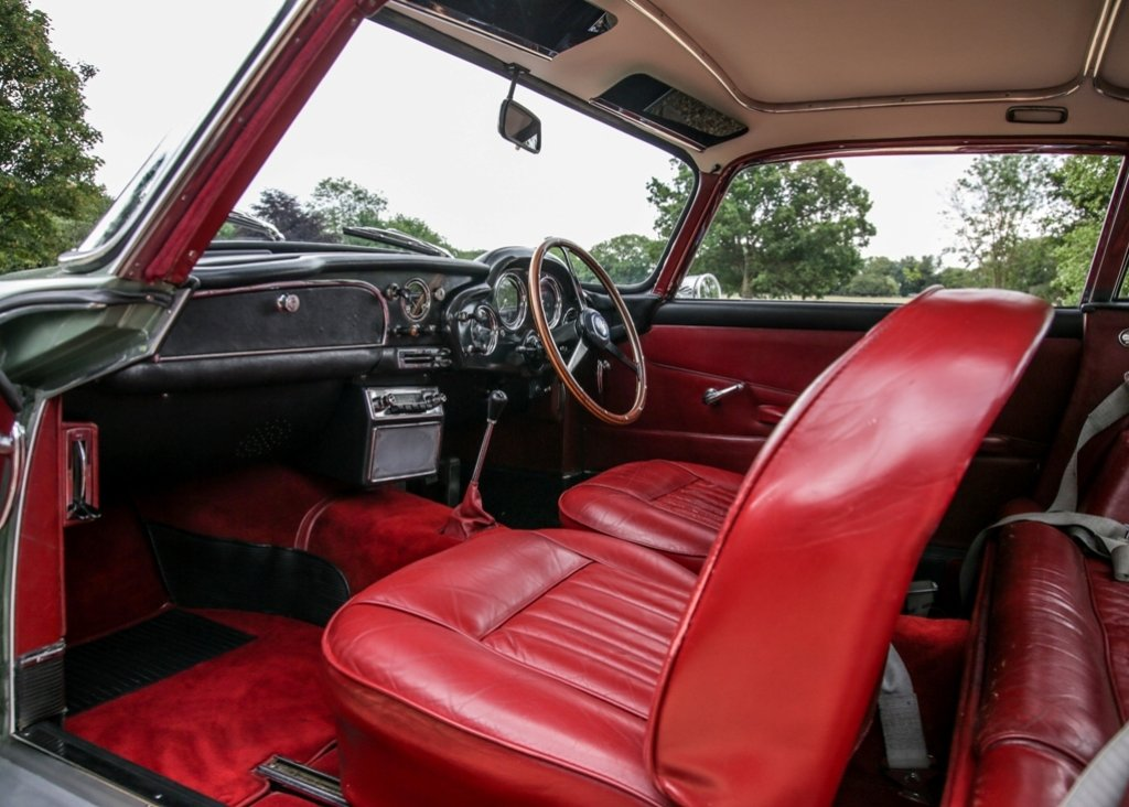 1960 Aston Martin DB4 Series II For Sale by Auction (picture 5 of 6)