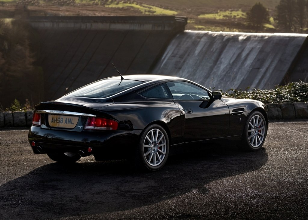 2007 Aston Martin Vanquish S Ultimate For Sale (picture 2 of 6)