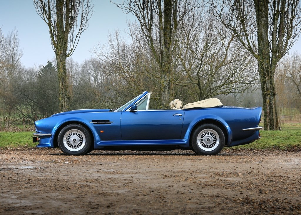1989 Aston Martin V8 Vantage Volante X-Pack Convertible SOLD by Auction (picture 1 of 6)