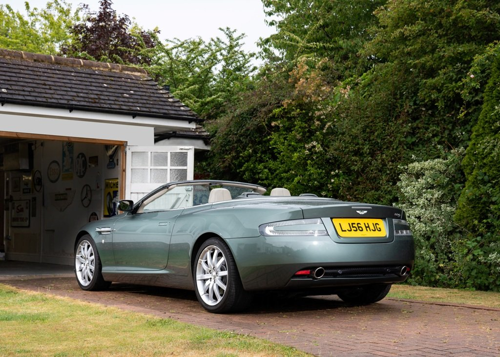 2006 Aston Martin DB9 Volante SOLD by Auction (picture 2 of 6)