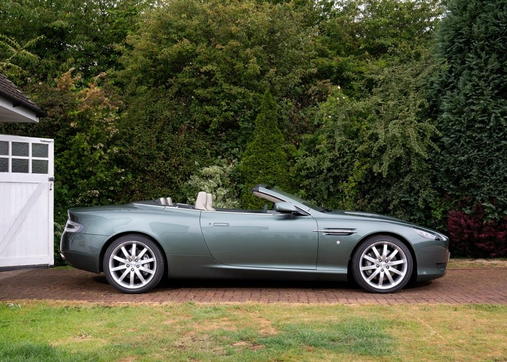 2006 Aston Martin DB9 Volante SOLD by Auction (picture 3 of 6)